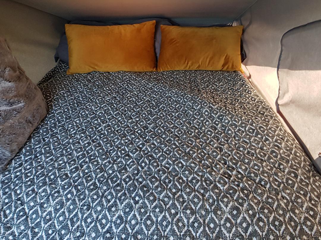 campervan roof tent bed