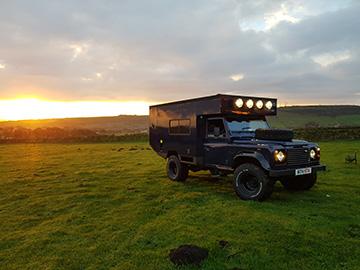4x4 hire - Land Rover campervan